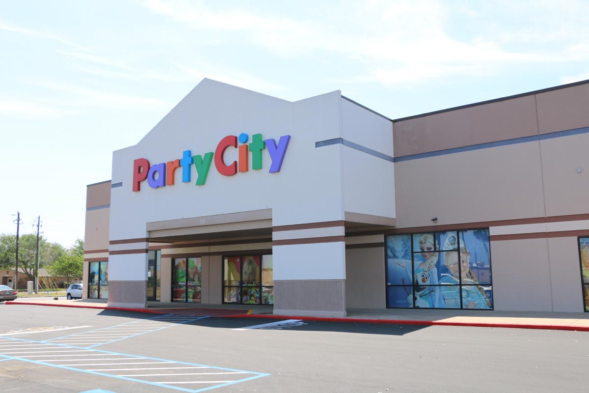 Other stores in the vicinity include Wal-Mart b535fa87f4dbc