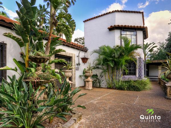 Quinta Mazatlán World Birding Center